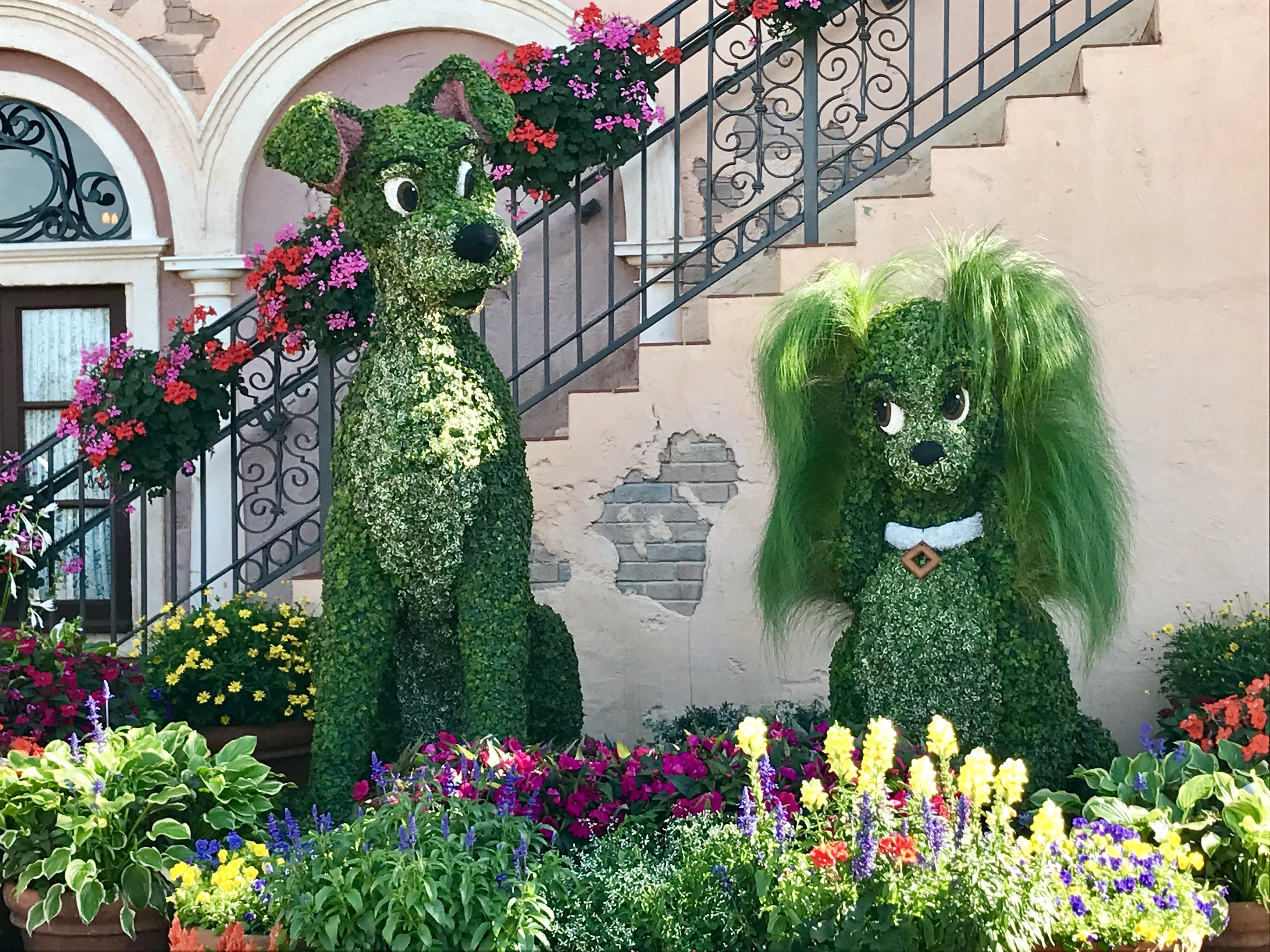 Lady & the Tramp at Epcot's 2018 Flower and Garden Festival