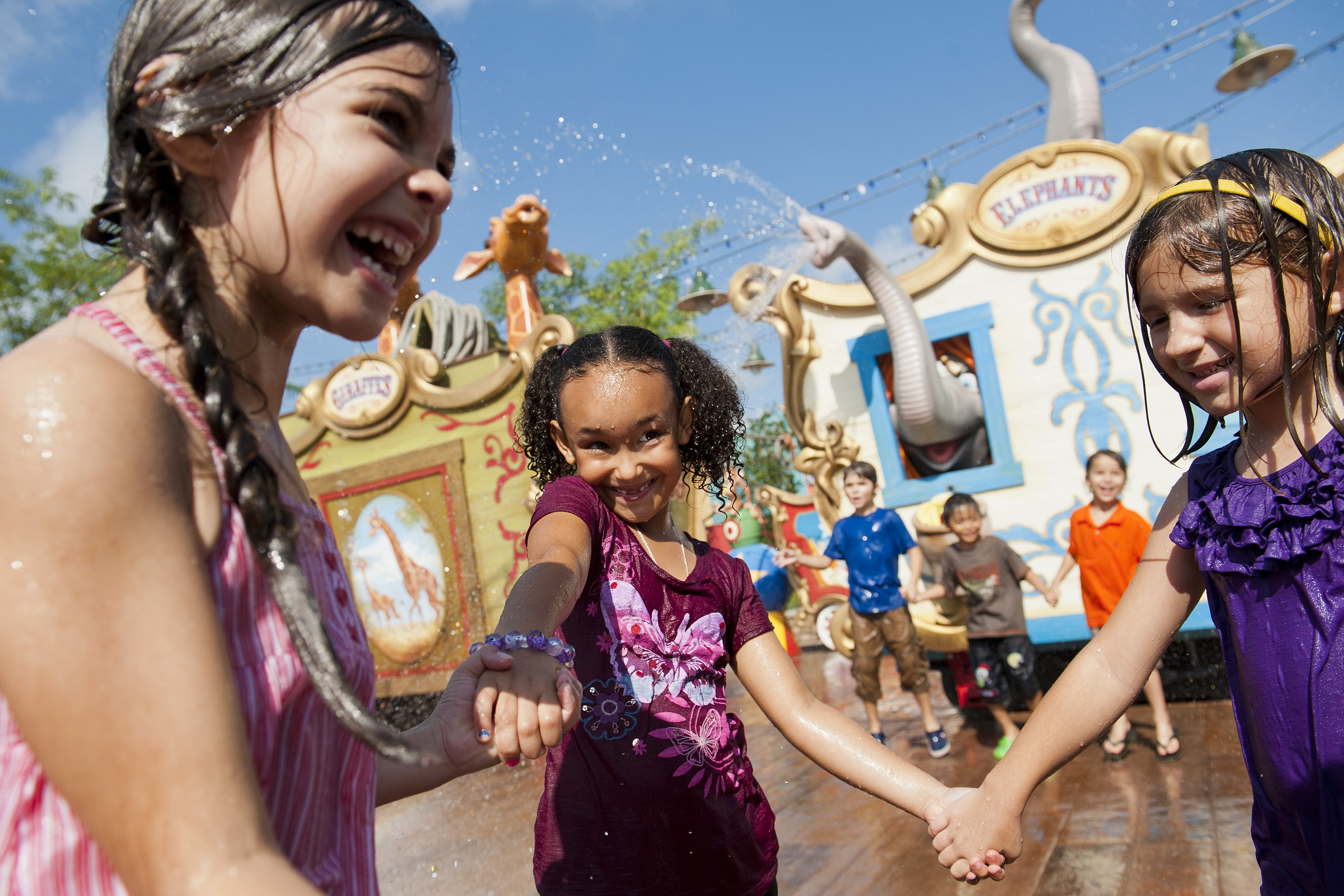 How to stay cool in Florida at Storybook Circus splash pad in Magic Kingdom