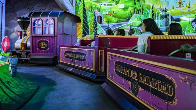 Mickey & Minnie's Runaway Railway - a must see attraction at Hollywood Studios! #waltdisneyworld #disneyworld #disneyrides #disneytrip #disneyvacation #disneyplanning #travelagent